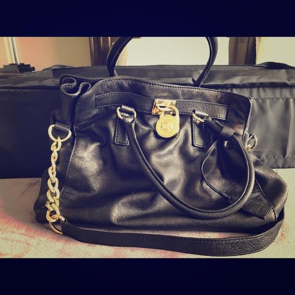 Michael Kors Handbags - Michael Kors Hamilton Handbag